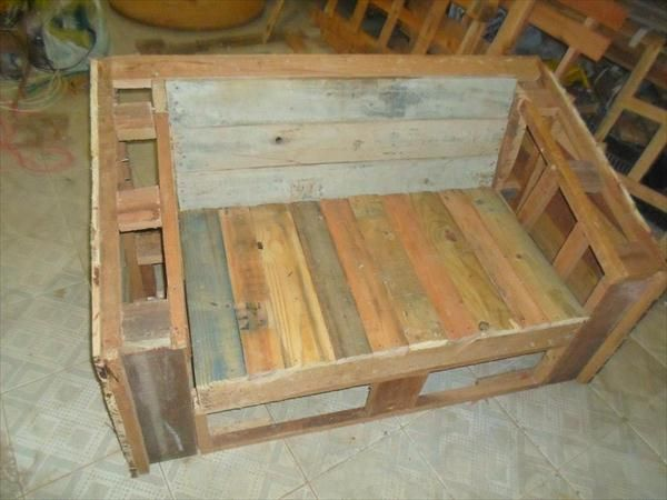 DIY Pallet Inspired 2 Seater - Pallet Patio and Porch Sofa!!   99 Pallets