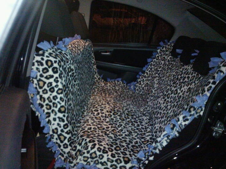 diy dog car seat cover made from a fleece tie blanket fleece pinterest cars just love. Black Bedroom Furniture Sets. Home Design Ideas