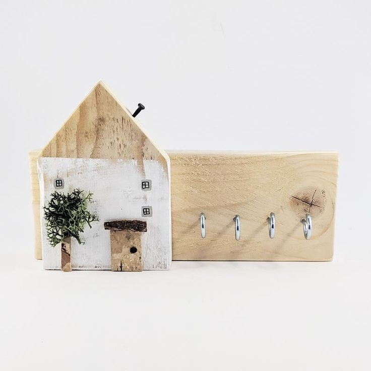 Rustic Pallet Wood Key Holder For Wall Personalized Gifts Etsy Wall Key Holder Wooden Key Holder Wood Pallets