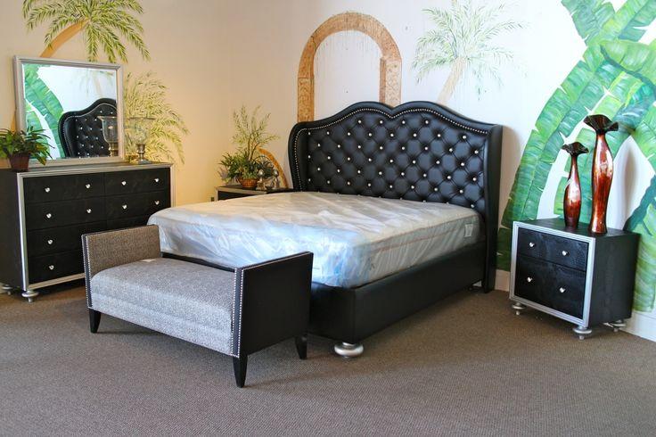 Mcferran Black Tufted Amp Rhinestone Eastern King Bedroom