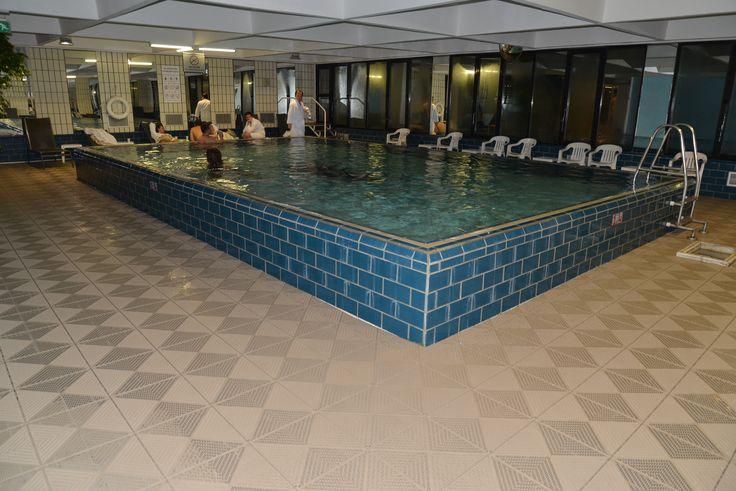 Crowne Plaza - Bergo floor
