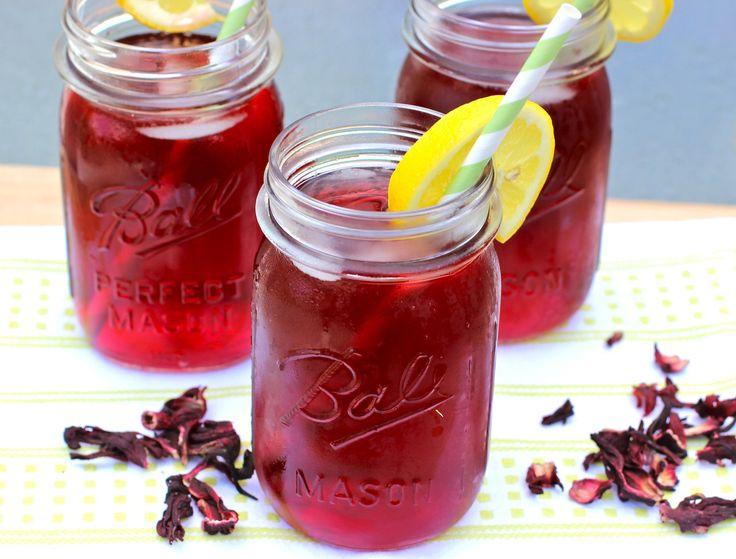 Té Helado de Hibisco y Granadas // Hibiscus and Pomegranate Iced Tea