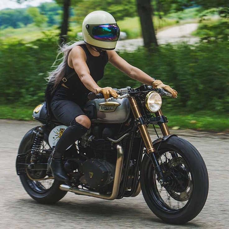 Jessica Haggett, founder of The Litas, on Thruxton by Analog Motorcycles
