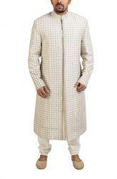 Indian Fashion -   https://www.pinterest.com/r/pin/284008320231034722/4766733815989148850/5b9d3abc538b690dbb786921fcf760bf20d77078c923800b29354a2a92017fea