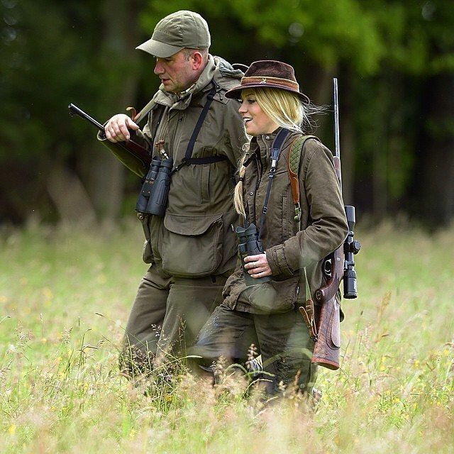 Father and daughter hunting together!  Best times in life right? Sharing experience from generation to generation.  Photo by: @steinerteamamerica #Steiner #outdoor #nature #shoot #hunter #igmilitia #jägerin #NothingEscapesYou #huntingdad #huntingfamily #h
