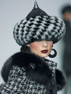 famous russian fashion designer vyacheslav zaitsev | Russian fashion designer Slava Zaitsev seduced the West and became The ...