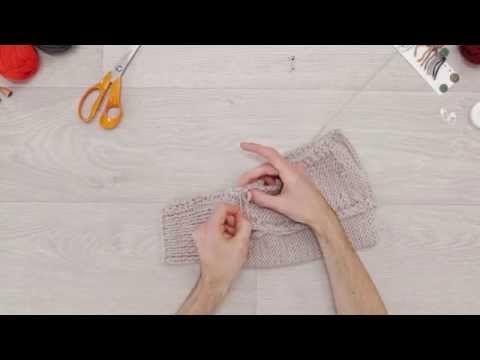 Phildar - « Au tricot - DIY » : Tricoter un manteau pour chien - YouTube