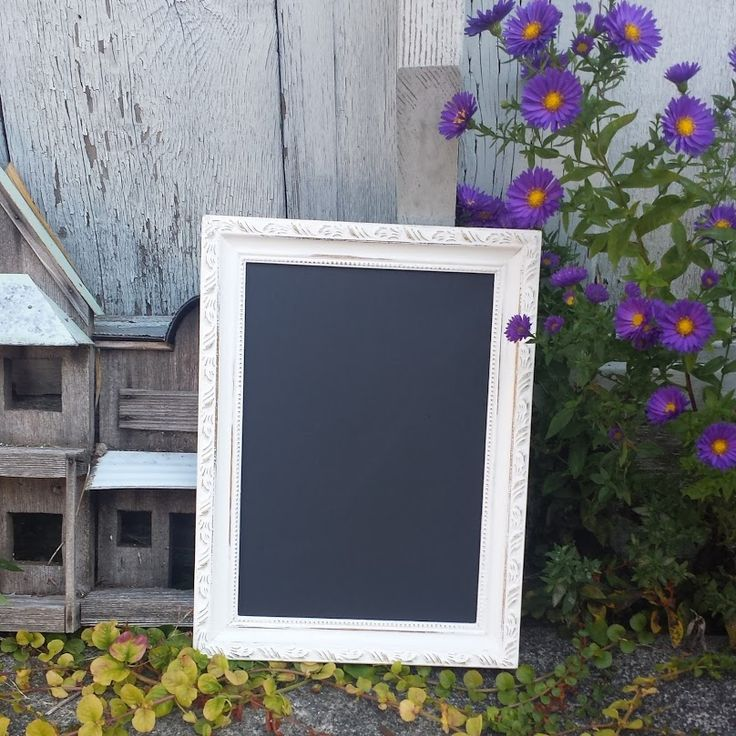 Painted and Distressed Picture Frame Chalkboard. #kjcreations #paintinglife #loveit #rustic #crafts #homedecor #shabbychic #farmhousechic #handpainted