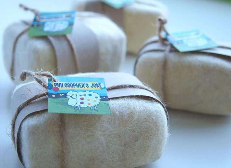 Felted soaps for face and body scrub with olive oil soap from Corfu island and organic wool from Andros island.