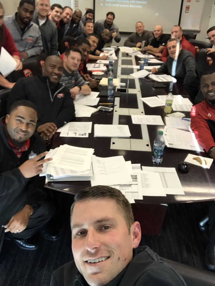 Western Kentucky University is the proud home to The Western Kentucky Hilltoppers.  The team competes in the NCCA Division 1 Football, Eastern Conference. New head coach Mike Sanford took this office selfie ahead of an exciting new season with his new players.