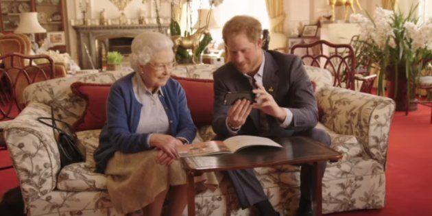 La Regina Elisabetta II ha un account Facebook segreto