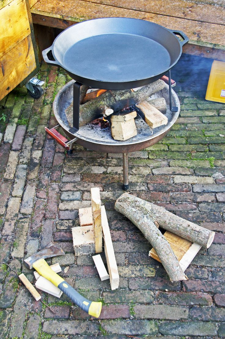 how to clean burnt cast iron fire pie makers