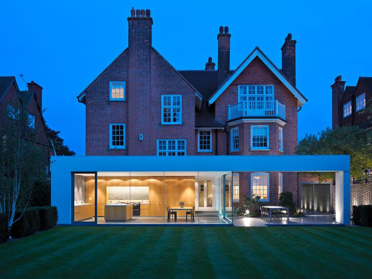 Renovated house in Wimbledon by Gregory Philips Architects
