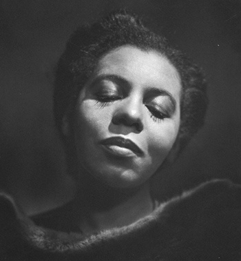 One of the great contraltos in the history of Canadian music, Portia White made her debut on the national scene in Toronto in 1941. By 1944 she had made her international debut in New York City and later toured the world. When a rasp in her voice appeared, it forced her to retire. She settled in Toronto and taught some of Canada's foremost singers of the day.