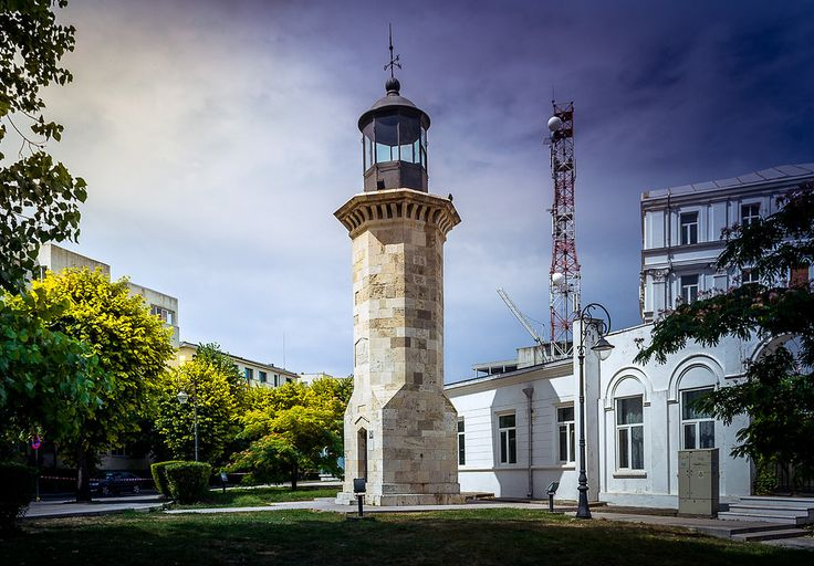 The Geneovese lighthouse