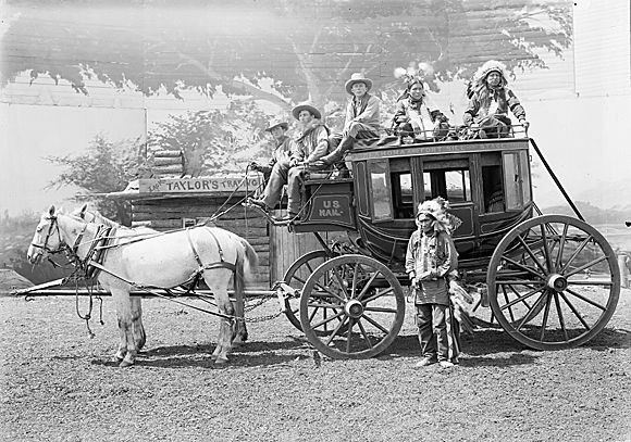 Stage Coach On Pinterest Horse Carriage Wells Fargo Stagecoach And Stagecoach South West