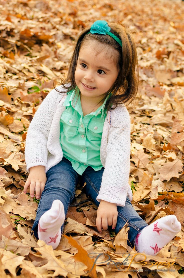 Fotografie copii toamna / Autumn children photography - Daria  www.pixelipoznasi.ro
