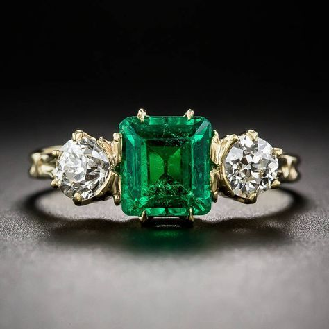 Antique Victorian Emerald Diamond Ring