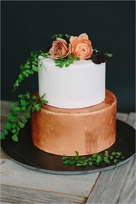 bronze copper wedding cake / http://www.deerpearlflowers.com/bronze-copper-wedding-color-ideas/