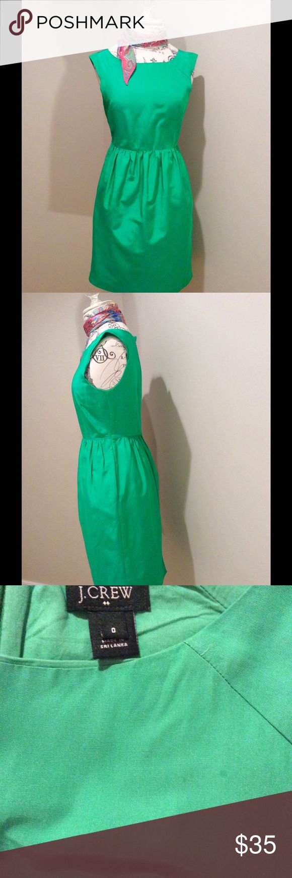 J Crew Factory Sleeveless Green Dress Emerald green cap sleeve dress is fitted through the bodice and waist.  Cap sleeve.  Zipper at the back. Worn only one of time. J. Crew Factory Dresses