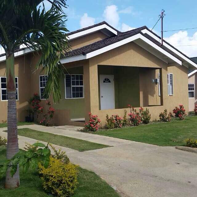 Kemtek Development Construction 3 Bedroom House In Drax Hall Jamaica Engineers Pinterest
