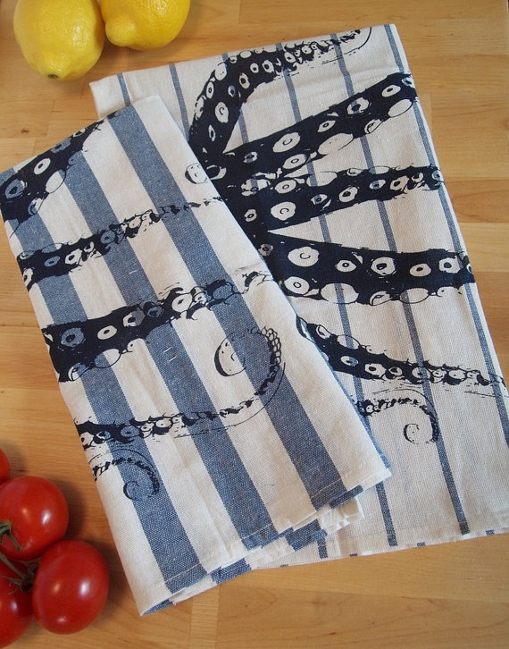 Set Of 2   OCTOPUS Tentacles   Navy U0026 Blue Stripe Towels   Renewable Cotton  Goes Perfectly With My New Shower Curtain!