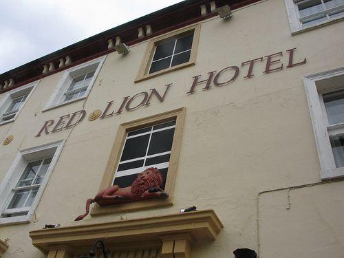 https://flic.kr/p/27nMvW | Red Lion Hotel | Basingstoke town centre - 05/07/07
