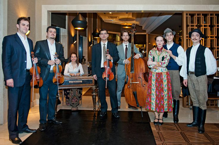 Hungarian music from FolkEmbassy & Folk dancers
