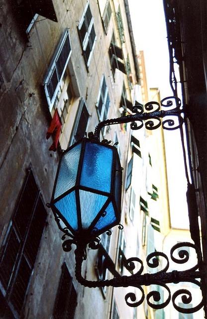 Genova, Italy Milano Giorno e Notte - We Love You! www.milanogiornoenotte.com