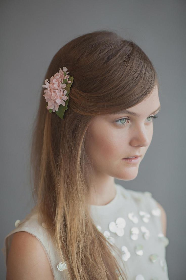 Maquillaje de novia y peinado de novia // Bridal makeup and wedding hairstyle: Romanticismo, mucho romanticismo para las novias del 2013 #maquillajedenovia #maquillaje
