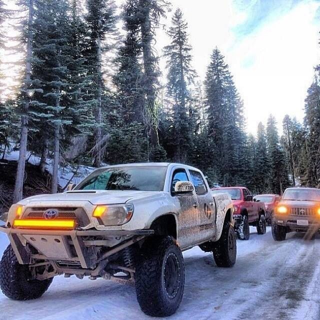 Toyota Tacoma Off Road - Get Your Buddies together... there's nothin' better! #4x4 #toyota #tacoma