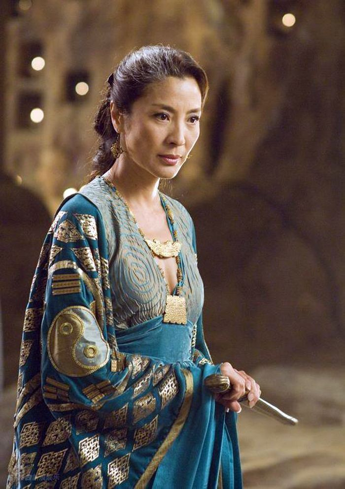 Michelle Yeoh's dress in this picture is so silky and gorgeous looking. Wouldn't it be awesome to walk around your house all glammed up like that?
