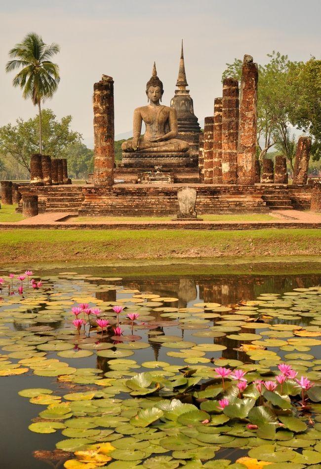 Le site de Sukhothaï, Thaïlande …