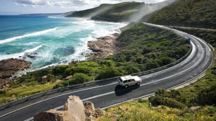 Great Ocean Road, VIC. © Tourism Victoria