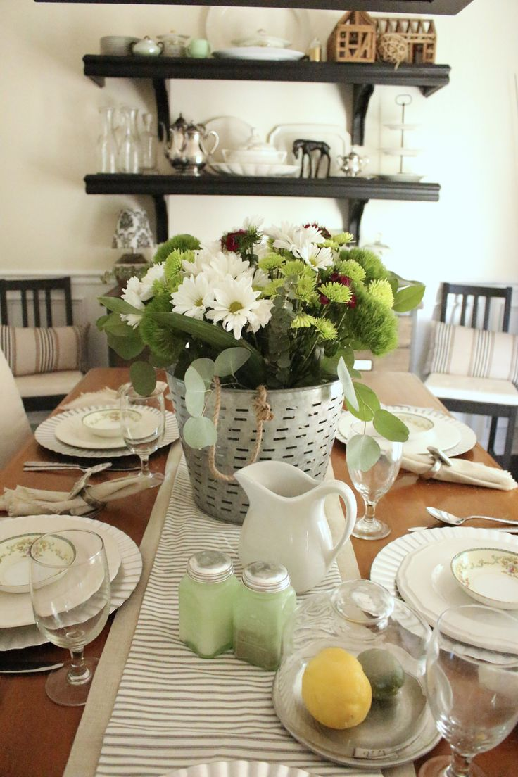 Summer Tablescape- tabletop- summer table setting- table setting ideas- olive bucket flower arrangement- summer home tour- table setting ideas