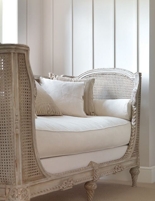 Eye For Design: Decorating With French Provincial White Cane Furniture