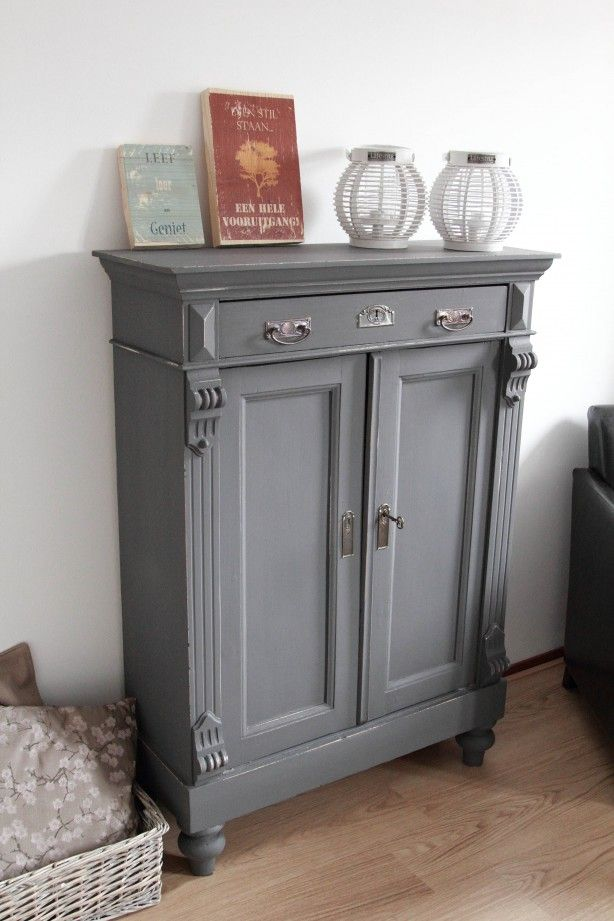 25 beste idee n over kast opknappen op pinterest entertainment center heziening kast bar en - Muur hutch ...