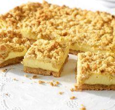 Nuss-Streusel-Käsekuchen: Doppelt nussig, dazwischen saftiger Vanillequark. Lauwarm geht der weg wie nix!