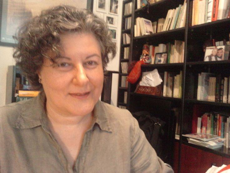 Neus Aguado (1955) http://www.mcnbiografias.com/app-bio/do/show?key=aguado-neus http://www.barcelonareview.com/26/s_na.htm http://eltorodebarro.blogspot.com.es/2007/06/neus-aguado.html http://absysnet.bbtk.ull.es/cgi-bin/abnetopac?TITN=150318