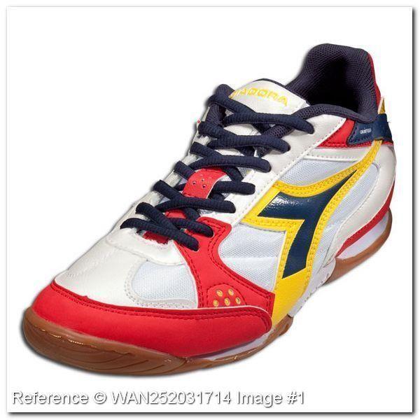 Обувь для футбола диадора