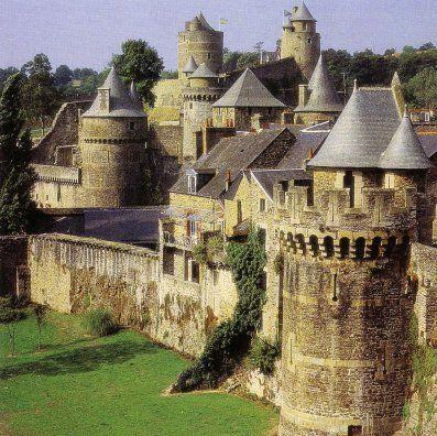 La forteresse de Fougères (Bretagne).