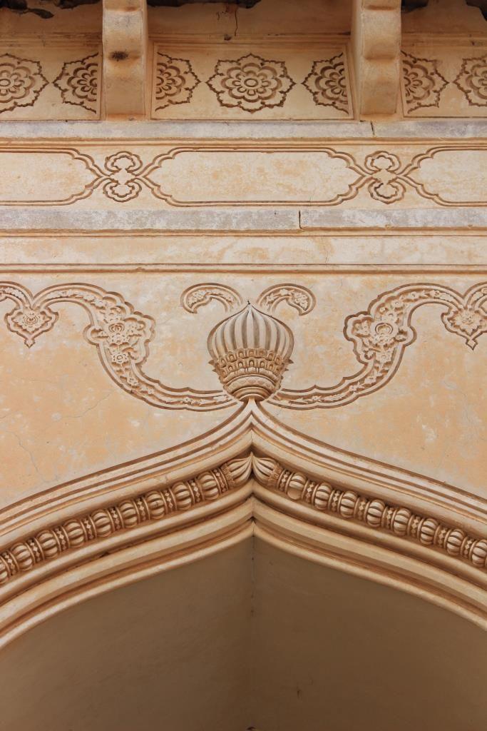 MUST SEE: Lotus motif, meandering flowers and brackets, Jama Masjid, Gandikota Fort.