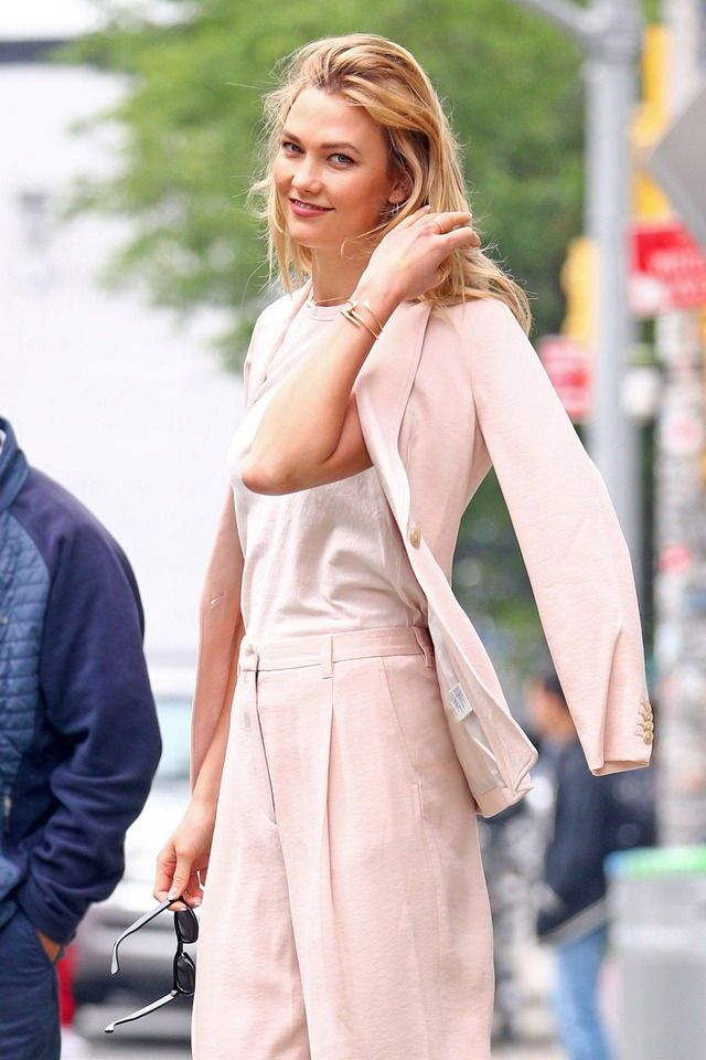 Karlie Kloss streetstyle