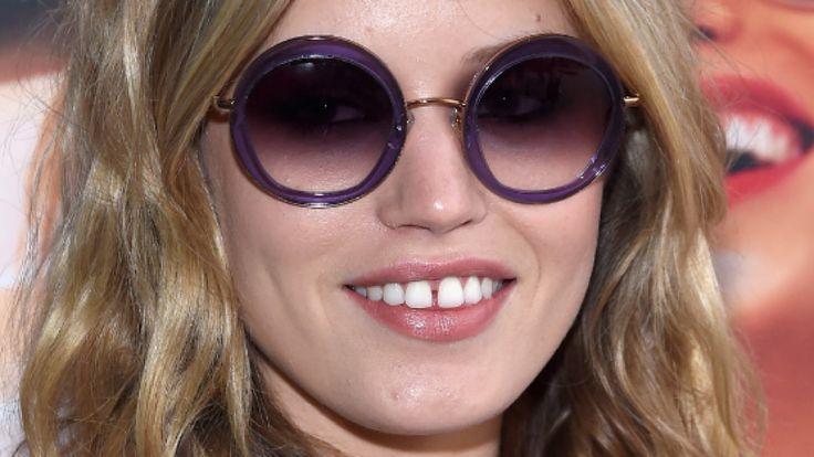Georgia May (Tochter von Mick Jagger und Model Jerry Hall) hat den perfekten kreisrunden Durchblick...