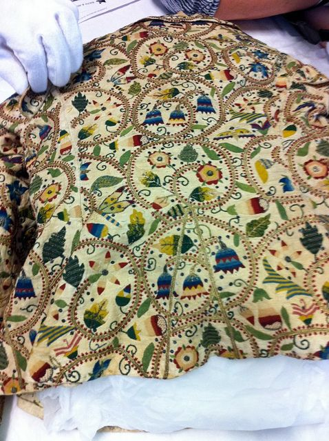 Elizabethan embroidered jacket; late 16th cent.; colored silk on linen. Bath Museum of Fashion.