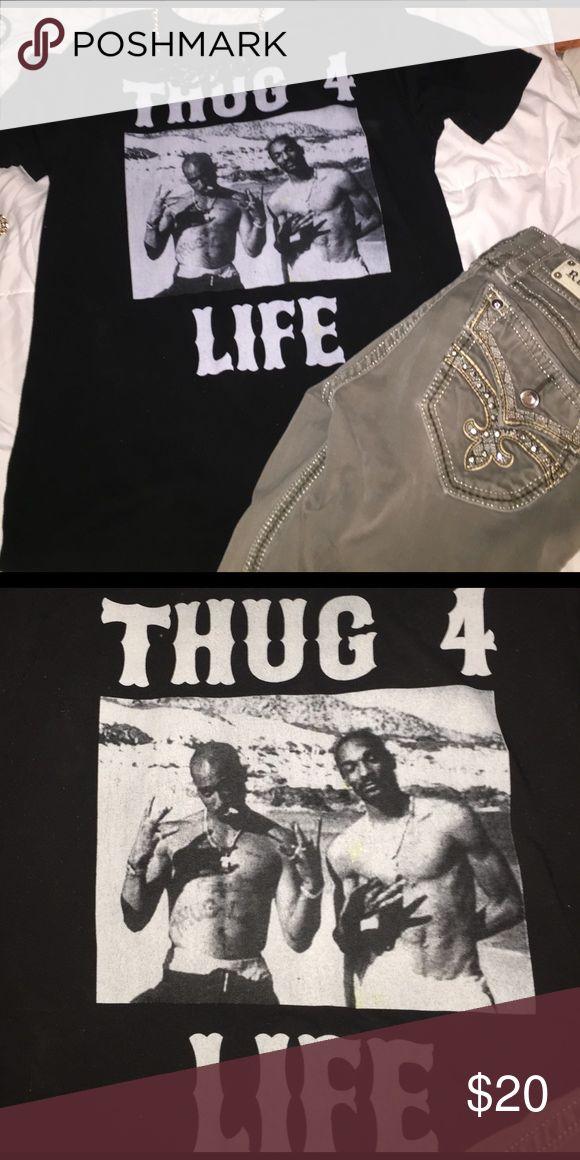 Thug 4 Life Tee Because everyone needs a little gangster rap in their life! Embrace your inner gangster with this super fun t-shirt! Yeezy Tops Tees - Short Sleeve