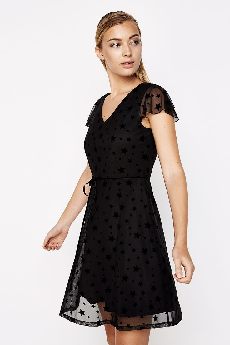 Short-sleeved tulle star dress with v-neck, seamed waist with tie and flare skirt. | Dresses | Springfield Man & Woman
