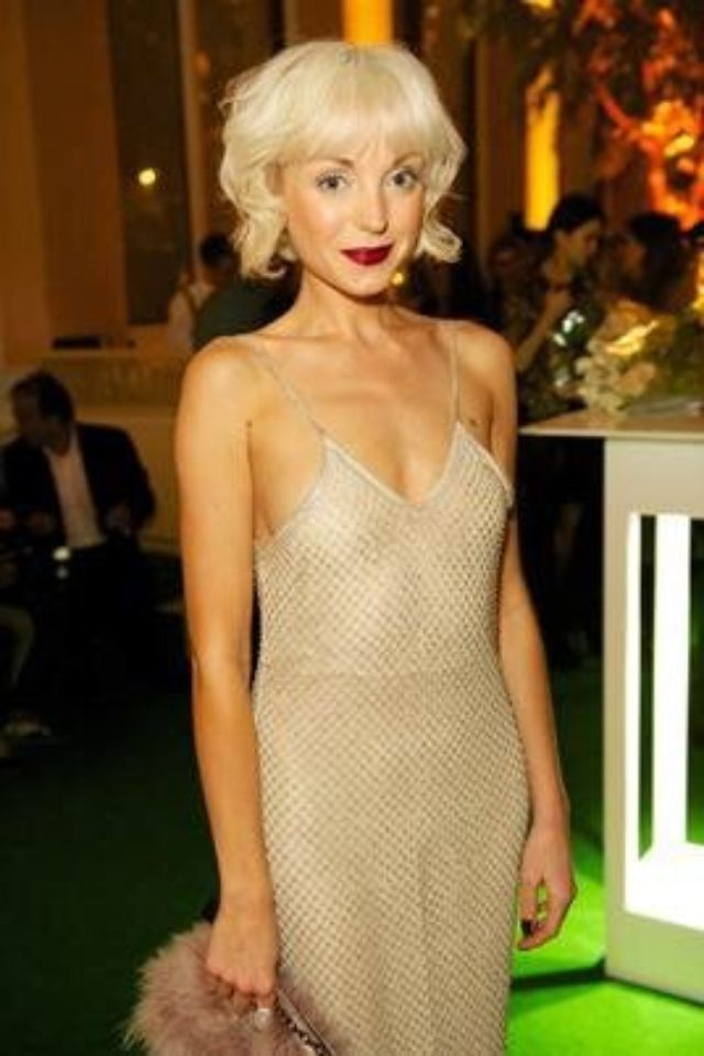 25+ best ideas about Helen george on Pinterest | Trixie ...