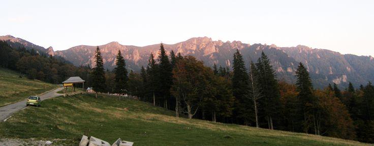 Muntii Ciucas, vedere de la cabana Muntele Rosu