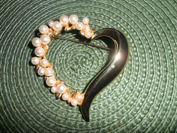 Vintage Gold Tone Heart Shaped Brooch with Faux by PandBTreasures, $8.00